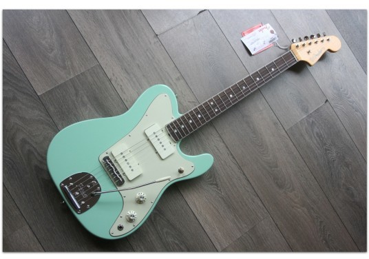 FENDER Limited Edition Parallel Universe Jazz Tele Surf Green Rosewood