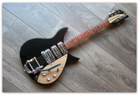 John Lennon 325 V59