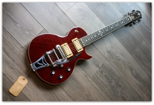 GZWF-401 Red with bigsby