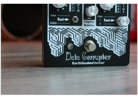 Earthquacker Devices Data Corrupter