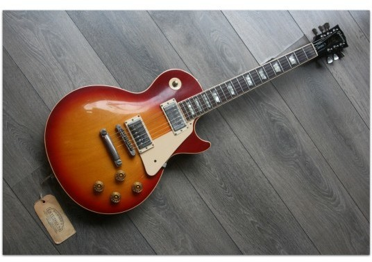 GIBSON Les Paul Standard Cherry Sunburst 1992