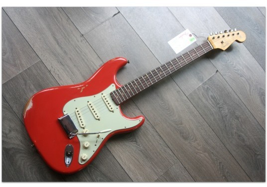 FENDER 1960 Relic Strat Aged Fiesta Red,Rosewood