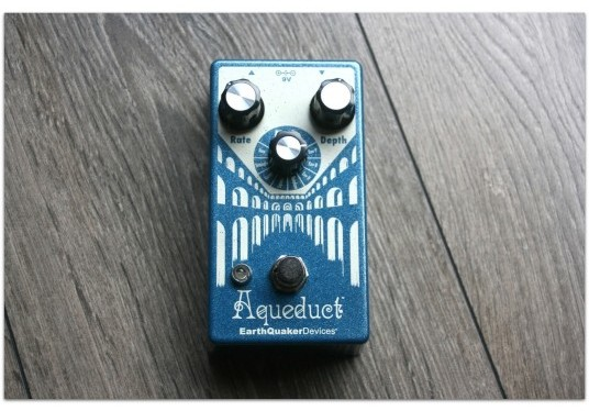 "EARTHQUACKER DEVICES ""Aqueduct"""