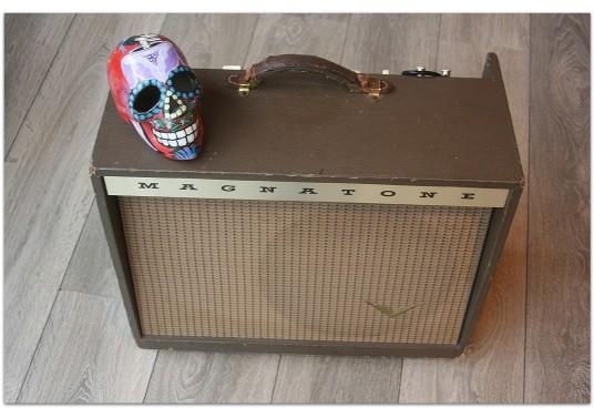 """MAGNATONE """"Troubadour Model 213 original of year 1959, all original"""""""