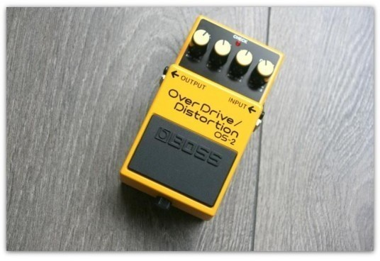 "BOSS ""OverDrive/Distorsion OS-2"""