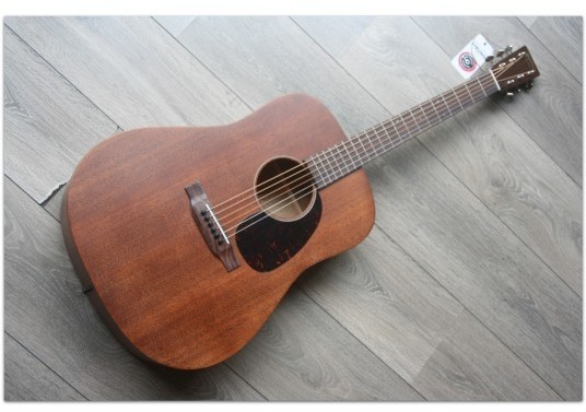 "MARTIN ""D-15 Mahogany"" (SECOND HAND, MINT)"