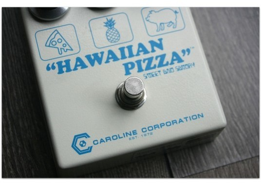 "CAROLINE ""Hawaiian Pizza"""