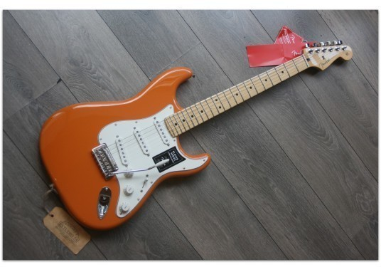 "Fender ""Player Strat Capri Orange"""