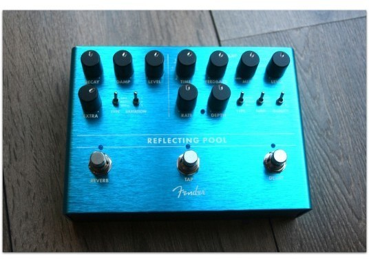 "FENDER "" Reflecting Pool Delay & Reverb"""