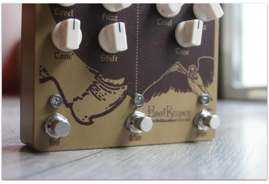 "EARTHQUACKER DEVICES ""Hoof Reaper"" (Double fuzz with octave up)"