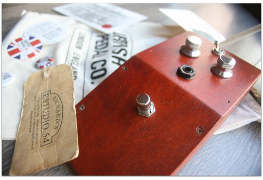 "BRITISH PEDAL CO.""Wooden Case Prototype MKI Tone Bender"""