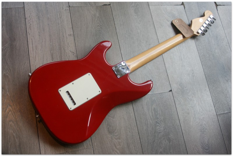 "FENDER ""50th Anniversary American Stratocaster 1996 Dakota Red"" MODIFIED (SECOND HAND) HARDCASE"