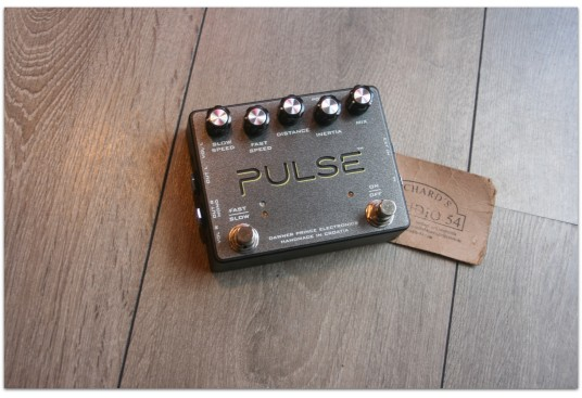 "DAWNER PRINCE ELECTRONICS ""PULSE Revolving Speaker Emulator"""
