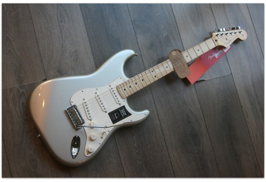 """FENDER """"Limited Plater Statocaster, Maple, Inca Silver"""""""