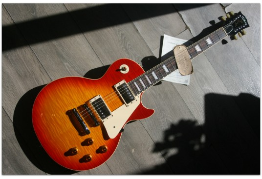 "TOKAI ""Vintage Series LS136F CS Flame Top LP-Style Electric Guitar Cherry Sunburst"""
