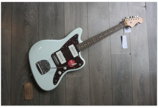"""SQUIER """"Classic Vibe ´60 Jazzmaster, Olympic White, Indian Laurel"""""""