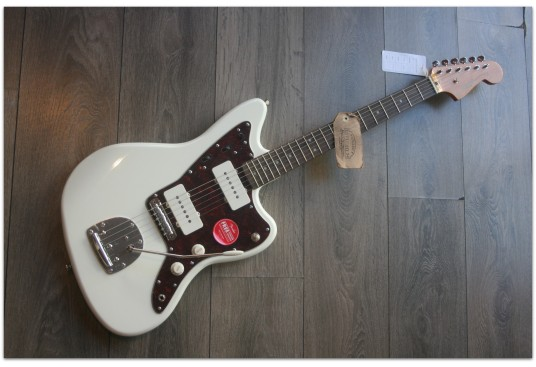 """SQUIER """"Classic Vibe ´60 Jazzmaster, Olympic White Indian Laurel"""""""