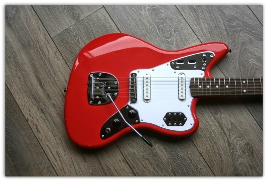 Classic '60s Jaguar Lacquer, Rosewood Fingerboard, Fiesta Red