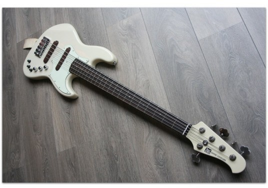 XJ-1T 5 string