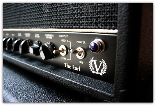 V50 The Earl + Cabinet